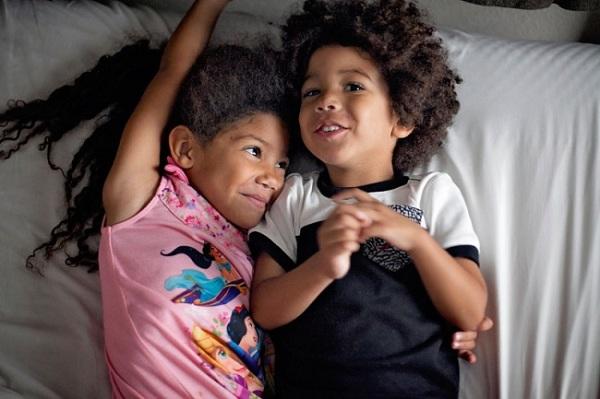 15 ภาพสายใยความรักของพี่น้อง