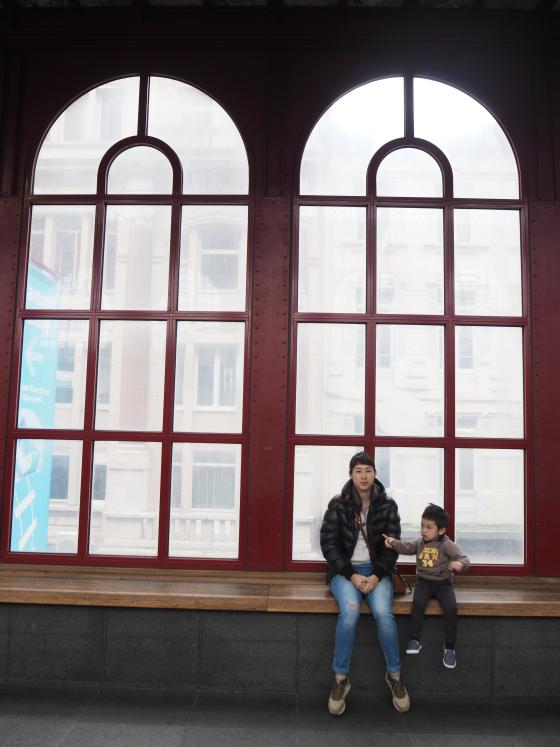 Blogger mommyholics เด็กชายไทไปเที่ยวยุโรป Part 1
